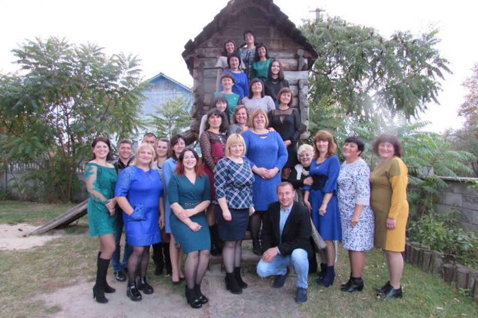Вчителі Новокорецької школи відзначають професійне свято