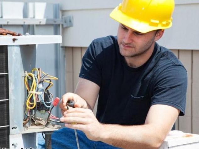 Корчан запрошують на роботу електромеханіка