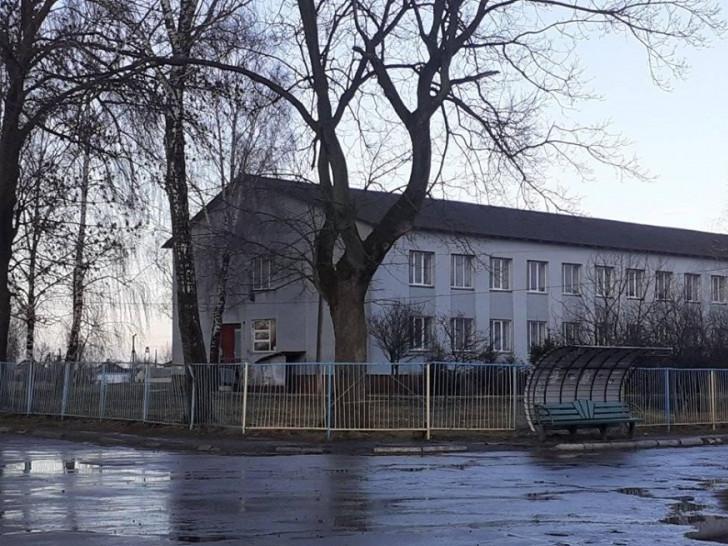 Загальноосвітня школа І-ІІІ ступенів с. Головниця