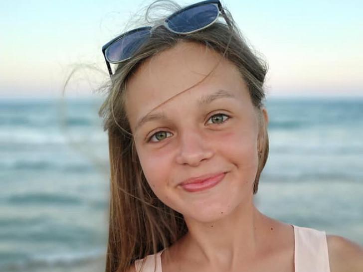 Онлайн-конкурс «Найкрасивіша дівчинка у світі»: новокорчанка Анастасія Дулюк серед учасниць