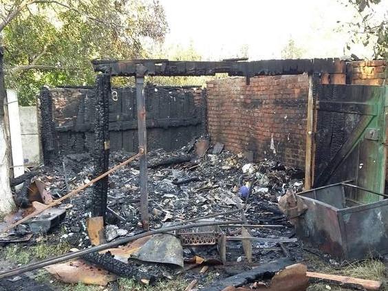 У Корці згоріло приміщення