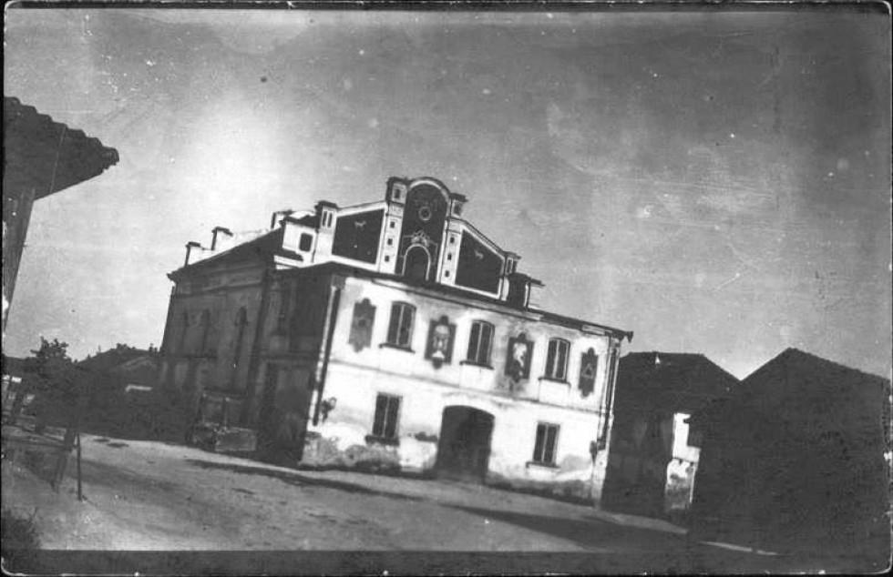 Корець, західний фасад синагоги, 1920 р. З зібрань національної бібліотеки Ізраїля.