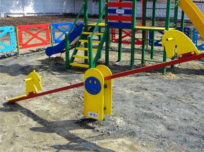 У Корці обладнають дитячий майданчик