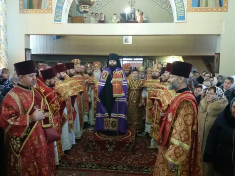 Служба у Старокорецькому скиту