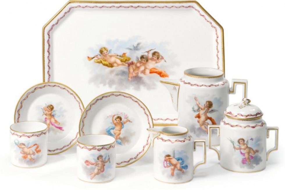 Чайний набір виготовлений у Корці