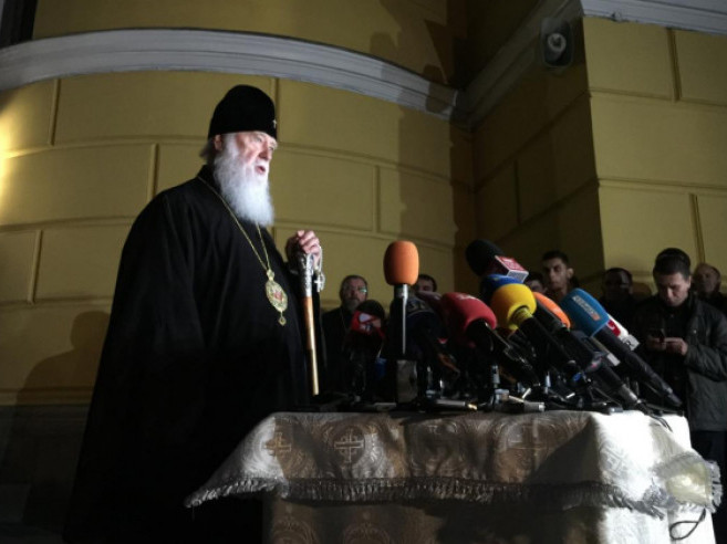 Патріарх Філарет розпочав брифінг ввечері