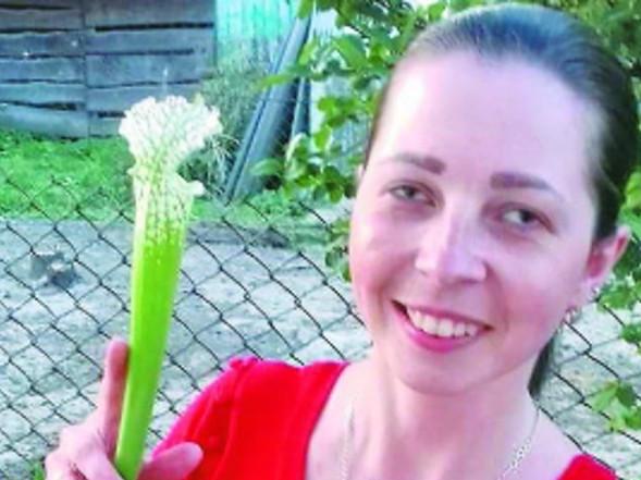 Юлія Хижавська із хижачкою сараценією
