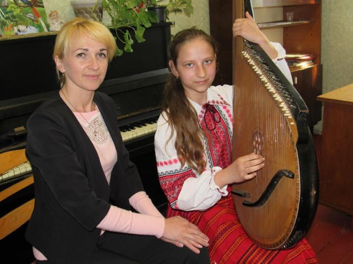 Наталя із викладачкою Світланою Жмурою
